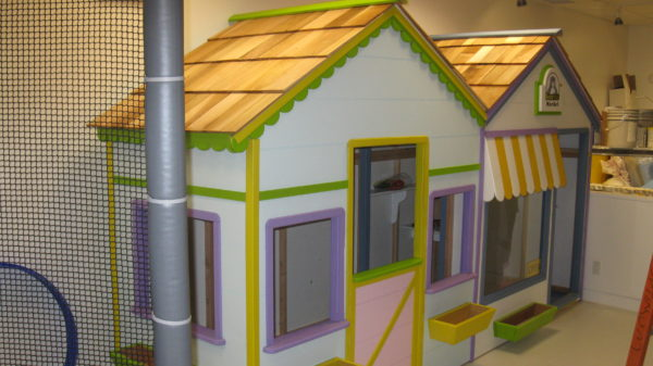 These playhouses are great indoor